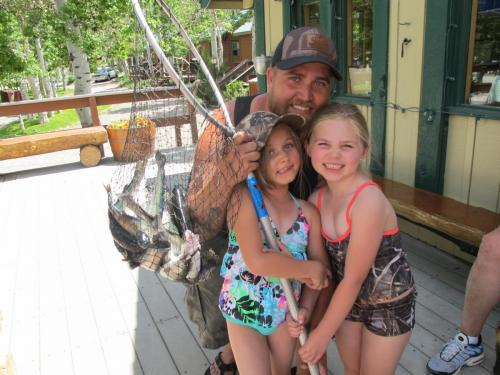 Lilah, Kaylynn and Robert Shott
